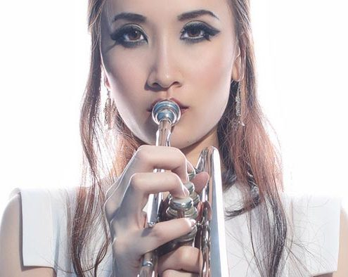 Comment placer ou déplacer l'embouchure d'une trompette sur les lèvres ?